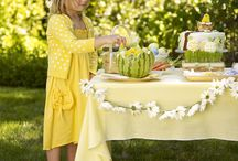 Entertaining: Mason Jar and Gingham Party / by Mary Eicher