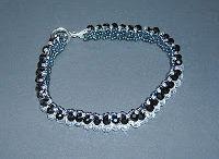 Perlenspielereien und anderer Schmuck
