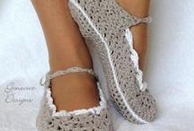 crochet  / by Dinah Hemric