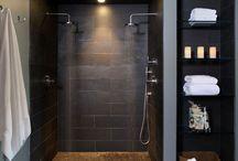 Arredamento: doccia in nicchia