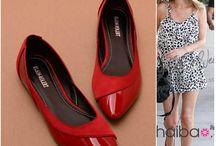 Shoes / by Sharon Villeneuve