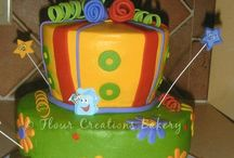 Cake, cupcakes & pops / by Giselle MZ