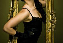 Paradis-Latin loves Makeup