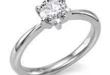 Eljegyzési gyűrűk / Eljegyzési gyűrűk széles választékát találod weboldalunkon.  www.karikagyuru.com