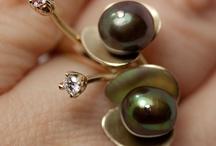 SMYCKEN / Vackra inspirerande smycken och vacker smyckeskonst.