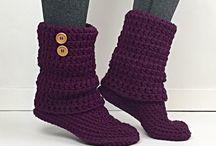meias, botas croché e tricô