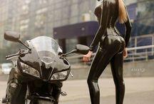 Moto chick