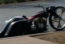 Motocentrum-Demana / Ponúkame vám predaj nových motocyklov, skútrov, štvorkoliek, elektrických bicyklov, náhradných dielov. A samozrejme kompletný záručný i po záručný servis.