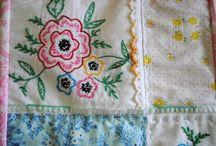 •♥✿♥• Vintage Hankie Quilts •♥✿♥•