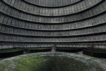 Bâtiments abandonnés / Les plus beaux bâtiments abandonnés dans le monde