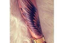 Tetovanie s motívom krídel