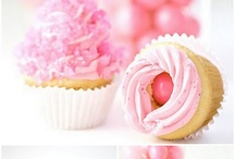 lots and lots of cupcakes..... / by Ilsé McCarthy