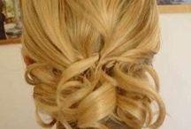 Hair & Make-Up / by Hannah O'Dell