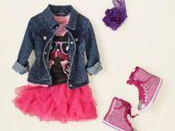 Ana's and Kara's wardrobe