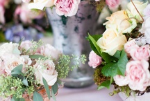 Vintage Shabby Chic / shabby chic furniture and flowers to admire and inspire