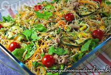 Salada de Bifum com Legumes Assados é uma opção de refeição leve, com baixas calorias e #SemGlúten!
