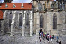 WLM 2015 CZ / V roce 2015 se české kolo soutěže Wiki Loves Monuments nekoná. Nicméně pro připomínání soutěže byly podnikány určité kroky, spojené se snahou sesbírat i pár fotek, které by se k soutěži hlásily...