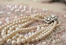 krajky a perly
