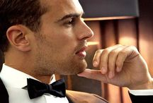 Theo/ four