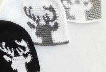 Πλεκτά Καπέλα, Κασκόλ Και Γάντια
