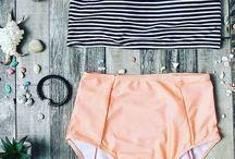 Bikini Beach Babe / 0