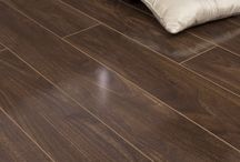 The Walnuts / Walnut is one of the most popular species of flooring in manafactured in both solid or engineered boards. The warmth of colour and subtle shade variations make it an extremely popular choice for any part of the home.
