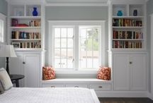 Window/bookshelves / by Tracey Stephens