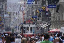 Istiklal Caddesi, Istanbul / Isztambul trendi kerületének Cihangir-nak legforgalmasabb bevásárló utcája az Istiklal Caddesi. Kihagyhatatlan, ha Istanbulban jársz!