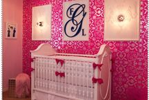 Kids' Rooms/Playrooms/Nurseries / by Victoria Gonzales