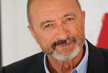 Arturo Pérez Reverte / Todo relacionado con este autor