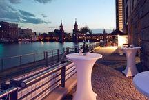 Top 40 Hochzeitslocation Berlin / Ihr wollt heiraten, habt aber noch keine passende Location? Das Expertenteam von Event Inc zeigt euch die Top 40 der beliebtesten Hochzeitslocations zum Heiraten in Berlin!