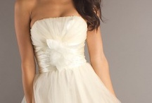 Vestidos de Noiva / Many different wedding dresses. Each one more beautiful than the other.