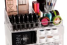 Make up Organization / by Carol Gonzalez Ventura