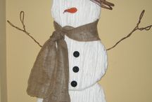 Holiday Yarn Crafts