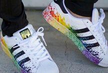 αθλητικά ρούχα και παπούτσια
