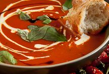 Soups and Stews / Yummy autumn food to warm your soul !