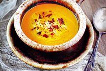 soups & stews / by Tara Kuczykowski