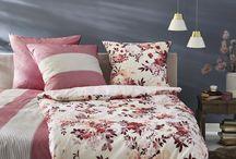 Beerentönen perfekt kombiniert / Schlafzimmer in kuscheligen Beerentönen für den Herbst