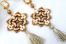orecchini con perle ad arco