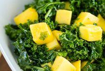 SaLaDs / Salads & Dressings