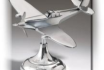 Models / Authentically realistic model planes, cars, boats, ships, cannons, etc. Desk models, World War II models.