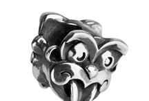 Cool Unique and one of a kind  / Funky New Zealand style of art jewellery design never seen before :)