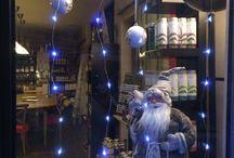 La vitrine de Noël a l épicerie de Valérie