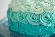 Decorating cakes / Cake decorating