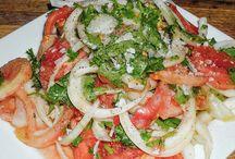 Recetas de Ensaladas y Verduras Chilenas / Recetas típicas de Chile de ensaladas y preparaciones tradicionales donde las verduras y vegetales son protagonistas.