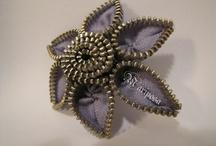 Zipper brooches by Mariposa / http://mariposacraftzone.blogspot.com/ / by Mariposa Jade