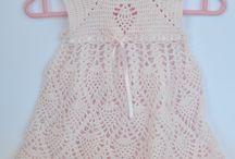 Vestidos veraniegos / Vestidos de crochet para bebés hechos a manos. Geniales para disfrutarlos en verano.