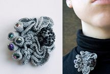 Crochet broaches
