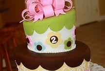 Cake ideas / by Sarah Trosclair