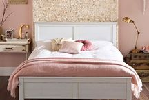 Blush pink bedroom / New ideas for re doing my bedroom